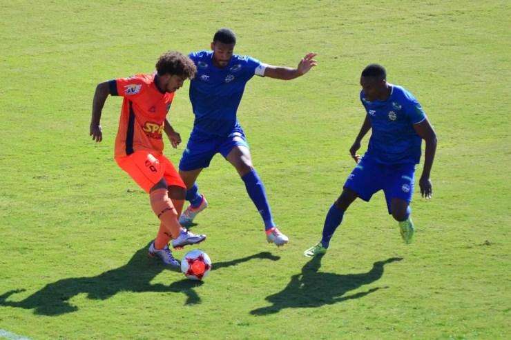 São José EC e Manthiqueira foram os primeiros colocados do grupo 4 da Segunda Divisão Paulista (Foto: Danilo Sardinha/GloboEsporte.com)