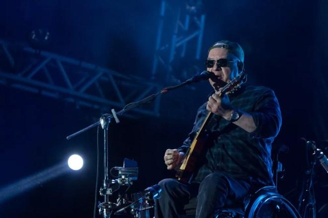 Herbert Vianna canta sucessos de Paralamas do Sucesso no João Rock 2019 — Foto: Ricardo Nasi/G1