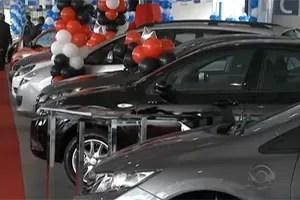 feirão de carros (Foto: Reprodução/TV RBS)