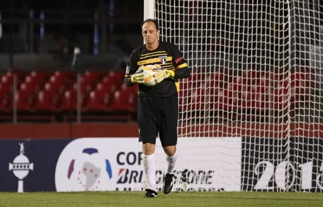 rogerio ceni são paulo jogo san lorenzo (Foto: Rubens Chiri/Divulgação saopaulofc.net)
