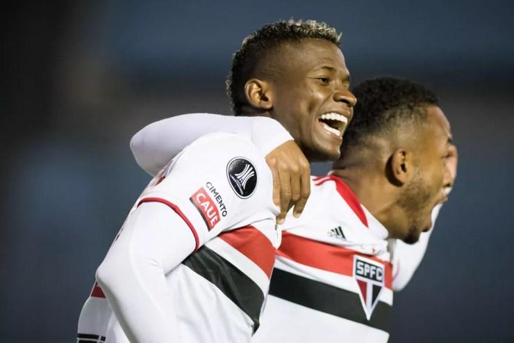 Orejuela comemora gol em Rentistas x São Paulo — Foto: Staff images /CONMEBOL
