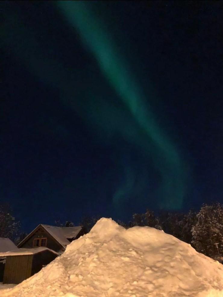Com a noite polar, fica mais fácil ver as auroras boreais em Alta, Noruega — Foto: Nathália Pimenta/Arquivo pessoal