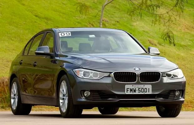 BMW 328i Luxury tem motor 2.0 turbo, de 245 cavalos (Foto: Miguel Costa Jr./Divulgação)