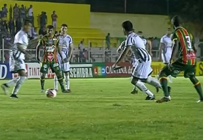 Luverdense 2x1 Sampaio em Lucas do Rio Verde (Foto: Reprodução / PFC)