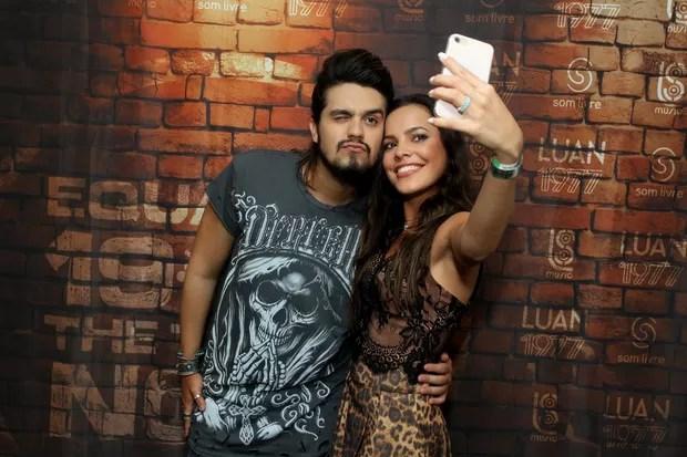 Luan Santana e Mayla (Foto: Marcello Sá Barreto/Ag.News)