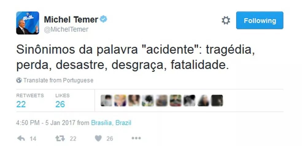 Resultado de imagem para temer no twitter + acidente
