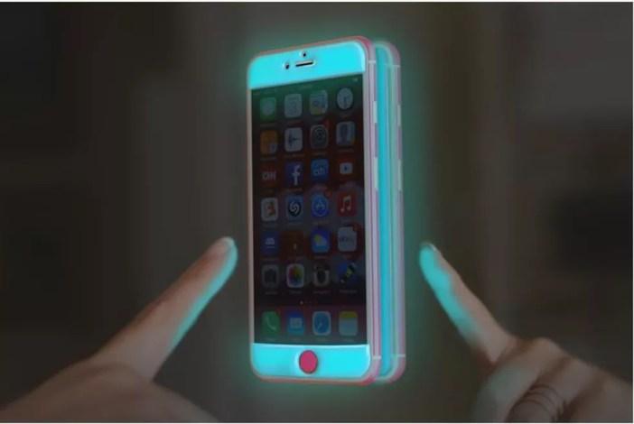 Case Glow Gel brilha no escuro e adere a qualquer superfície vertical lisa (Foto: Divulgação/Adaptation LA)