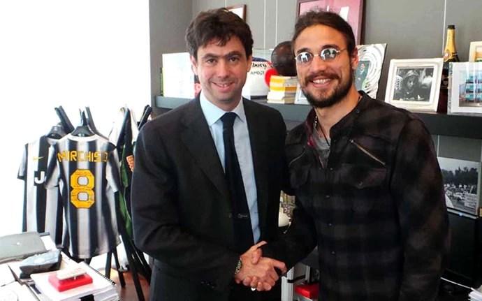 Osvaldo apresentado no Juventus (Foto: Divulgação / Site Oficial do Juventus)