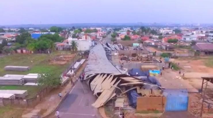 Área onde barracão desabou em Ji-Paraná, RO — Foto: Junior Caju/Rede Amazônica