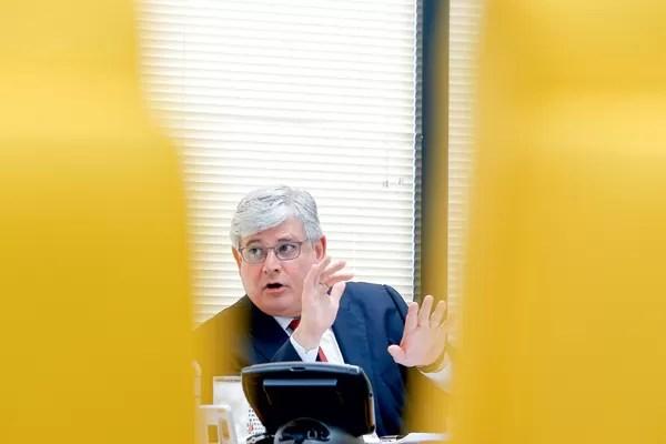 O ACUSADOR O procurador-geral da República, Rodrigo Janot. Ele afirma que o petrolão não funcionaria sem Lula (Foto: Pedro Ladeira/Folhapress)