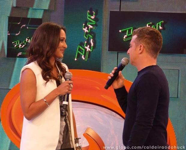 Thaíssa Carvalho fala sobre casamento com Daniel Alves (Foto: Caldeirão do Huck/TV Globo)