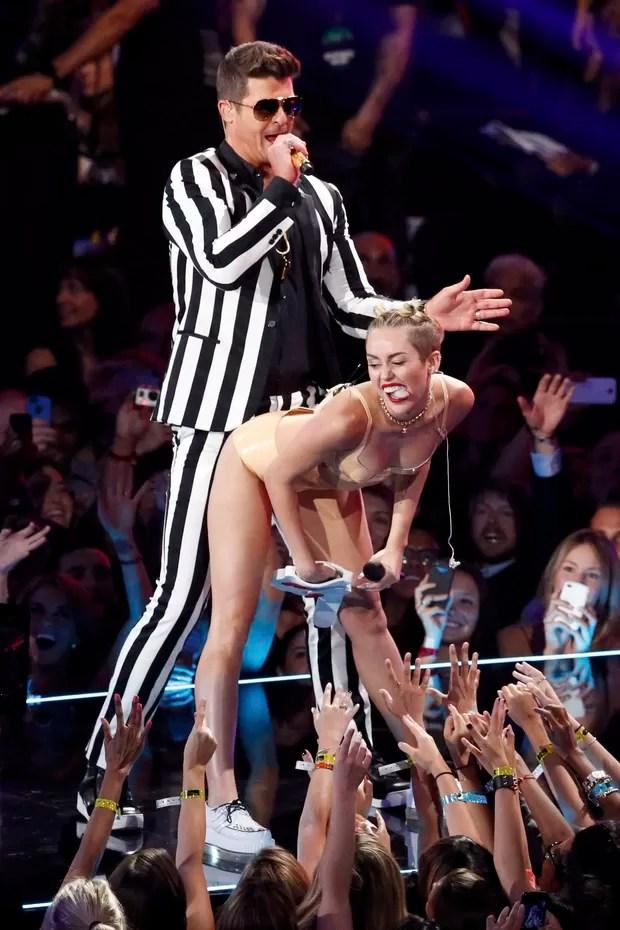 Miley Cyrus e Robin Thicke (Foto: Reuters)