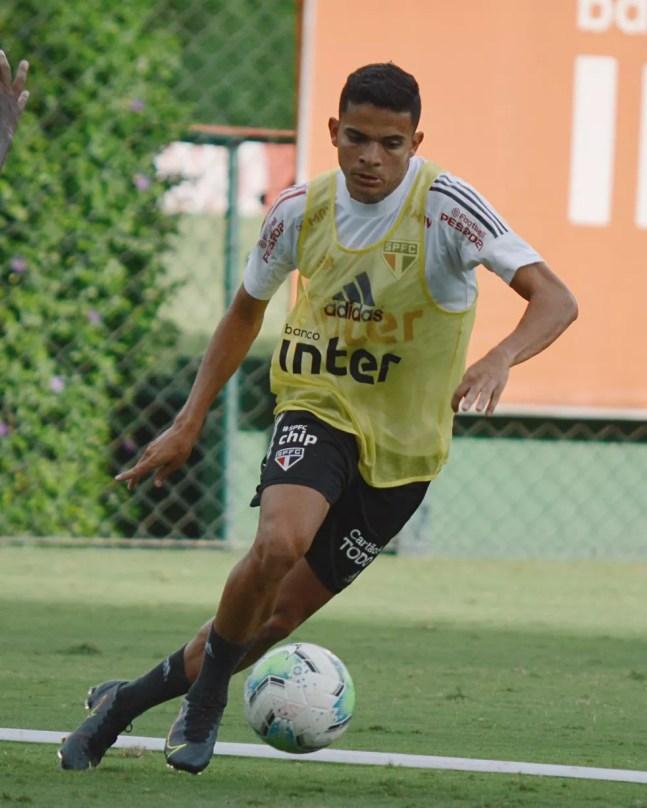 Bruno Rodrigues acabou retirado da lista do São Paulo no Paulista — Foto: Reprodução/Twitter