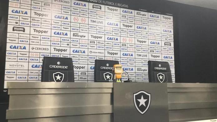 Sala de imprensa do Botafogo está fechada desde a última quarta — Foto: Emanuelle Ribeiro/GloboEsporte.com