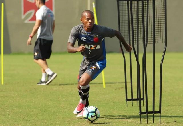 Manga Escobar teve boa passagem pelo Vasco em 2017 — Foto: Thiago Moreira/Vasco