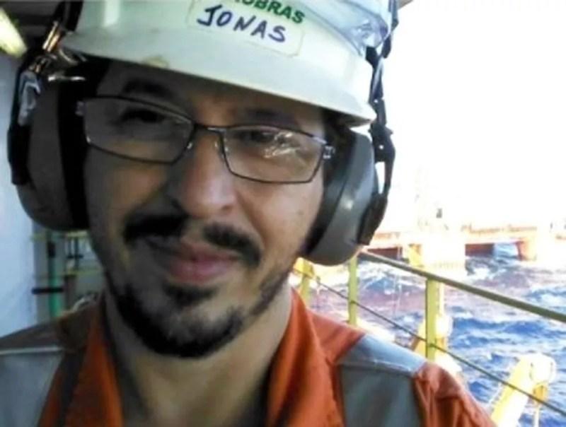 Jonas Barbosa do Espírito Santo, de 54 anos, era petroleiro e morreu vítima da Covid-19 em um hospital de Nova Friburgo, onde morava — Foto: Reprodução/Redes Sociais