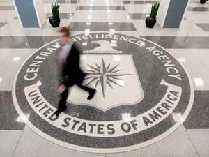 Documentos vazados pelo Wikileaks revelam que agentes dos EUA entravam na Alemanha com passaportes diplomáticos e identidades falsas