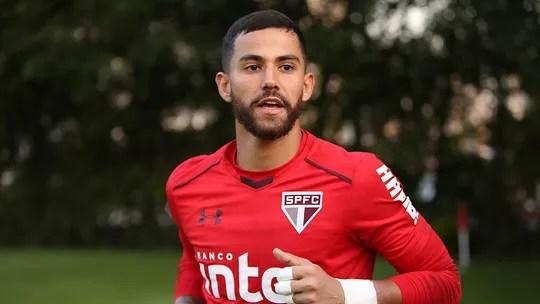 245bd20722 Renan Ribeiro reconhece falha no gol do Botafogo mas valoriza ...