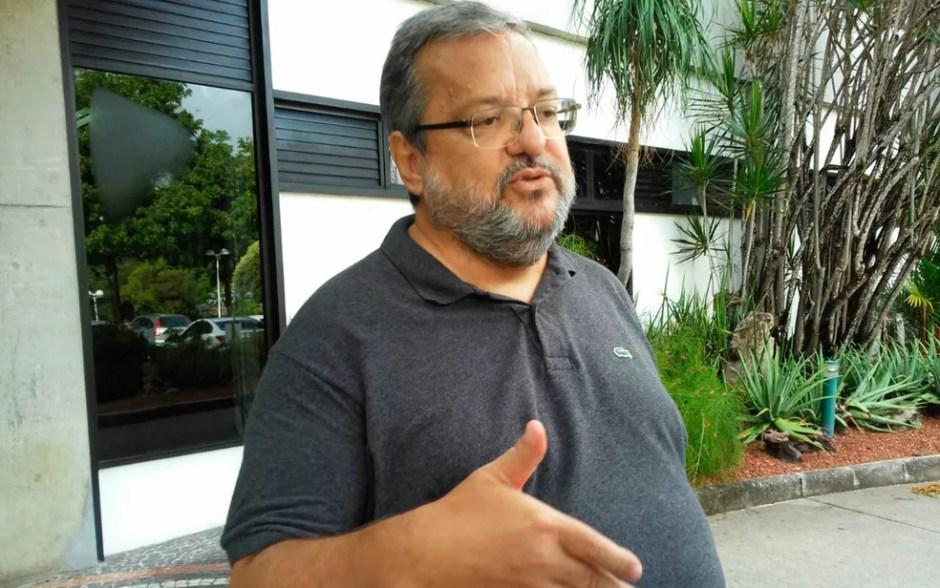 Ricardo Sangalo, irmão de Ivete Sangalo, acompanhou a cantora na maternidade (Foto: Henrique Mendes/G1)