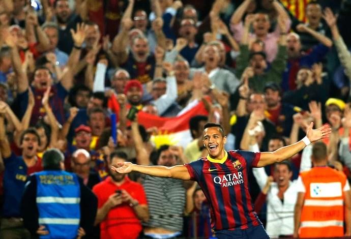 Alexis Sanchez comemoração Barcelona x Real Madrid (Foto: AP)