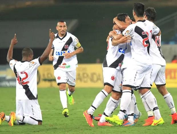Comemoração do Vasco e Santa Cruz (Foto: Marcelo Sadio / vasco.com.br)