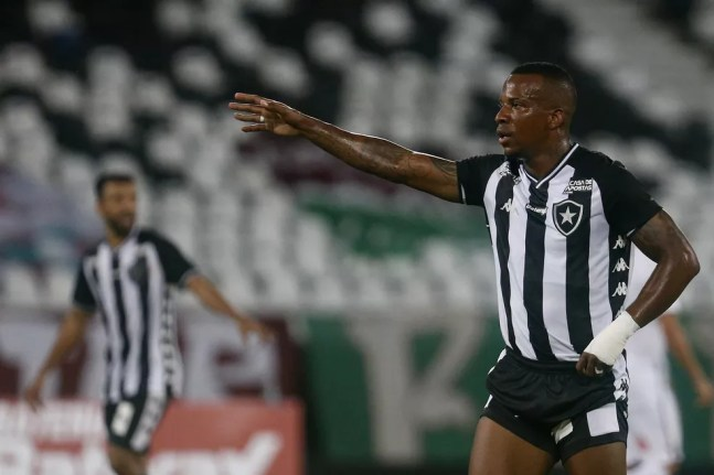 Lateral está no Botafogo desde o início de 2020 — Foto: Vitor Silva/Botafogo