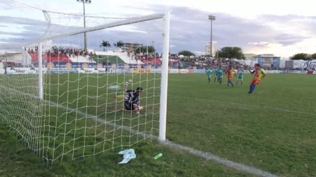 Nacional de Patos x Cruzeiro-PB - campeonato paraibano (Foto: Damião Lucena / Globoesporte.com/pb)