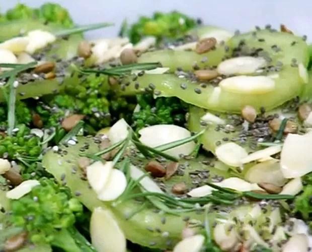 Salada Cura Ressaca (Foto: Mais Você / GShow)