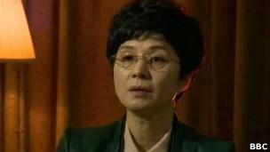 Ex-agente da Coreia do Norte, Kim Hyun-hui vive em Seul, cercada de seguranças  (Foto: BBC)
