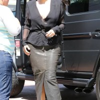 Saia ? Fralda ? O que realmente aconteceu com Kim Kardashian !
