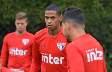 Bruno Alves assinou contrato de três temporadas com o São Paulo (Foto: Érico Leonan / saopaulofc.net)
