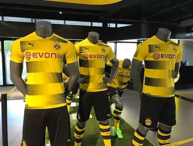 Borussia Dortmund uniforme