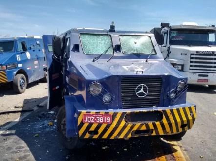 Assalto a carro-forte no Sertão de Pernambuco (Foto: Divulgação / Polícia Militar)