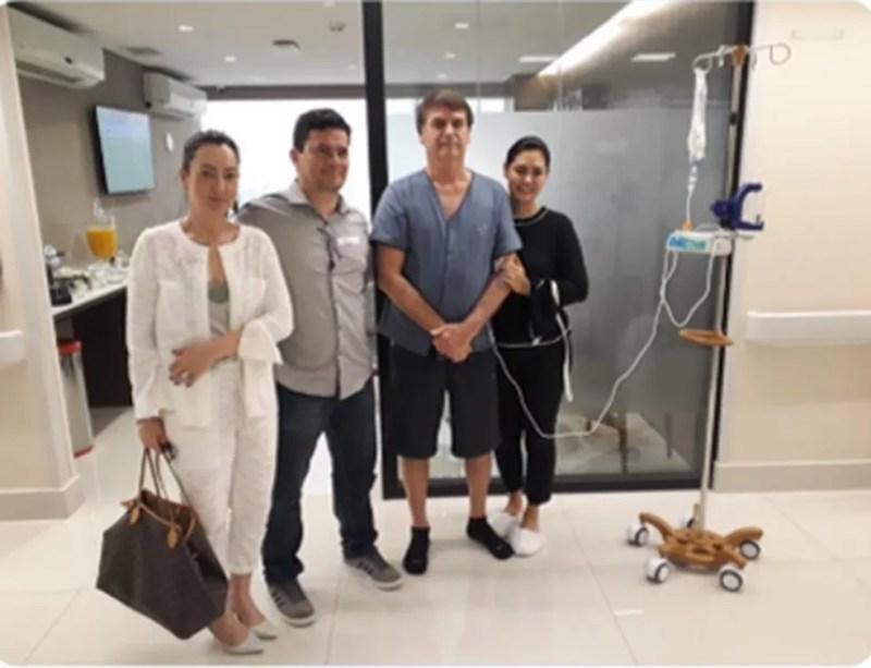 O ministro Sérgio Moro em visita ao presidente Bolsonaro no hospital  — Foto: Redes Sociais