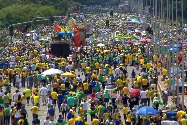 Esplanada dos Ministérios, Brasília, manifestação, protesto (Foto: TV Globo)