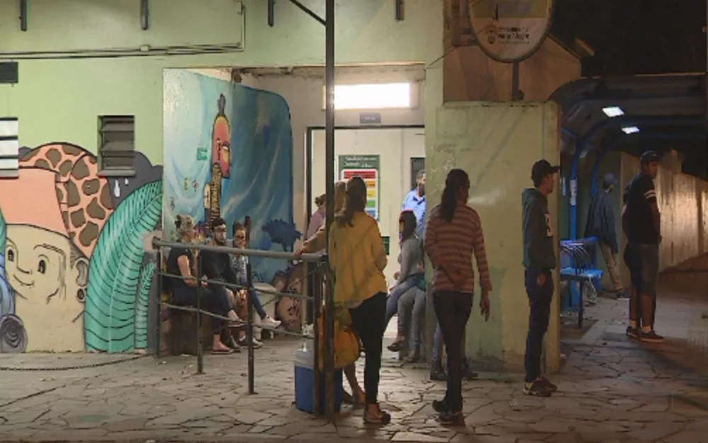 UPA onde a criança foi atendida após ser baleada (Foto: Reprodução/RBS TV)