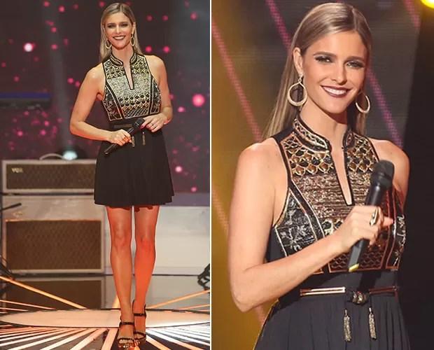 Fernanda Lima usa vestido bordado com fios de metal dourado (Foto: Isabella Pinheiro / Gshow)
