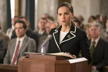 Felicity Jones em 'Suprema' — Foto: Divulgação