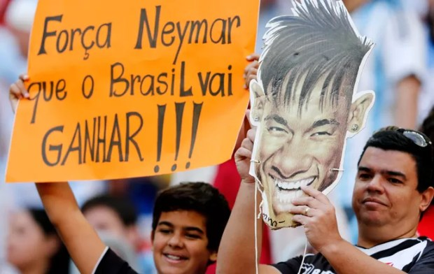 Cartaz de apoio a Neymar Estádio Mané Garrincha (Foto: Agência AP)