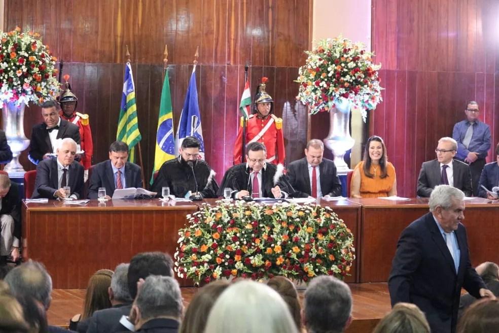 Desembargador Sebastião Ribeiro destacou o combate a fake news em solenidade — Foto: Andrê Nascimento/G1 PI