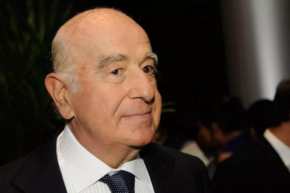 O empresário Joseph Safra, do Banco Safra, é visto durante jantar anual de Confraternização dos Dirigentes de Bancos, no Grand Hyatt Hotel, em São Paulo, em novembro de 2010 — Foto: Renata Jubran/Estadão Conteúdo