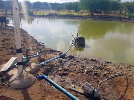 Ação da Compesa flagrou furto de água na Adutora de Tabocas, que abastece Santa Cruz do Capibaribe (Foto: Divulgação/Compesa)