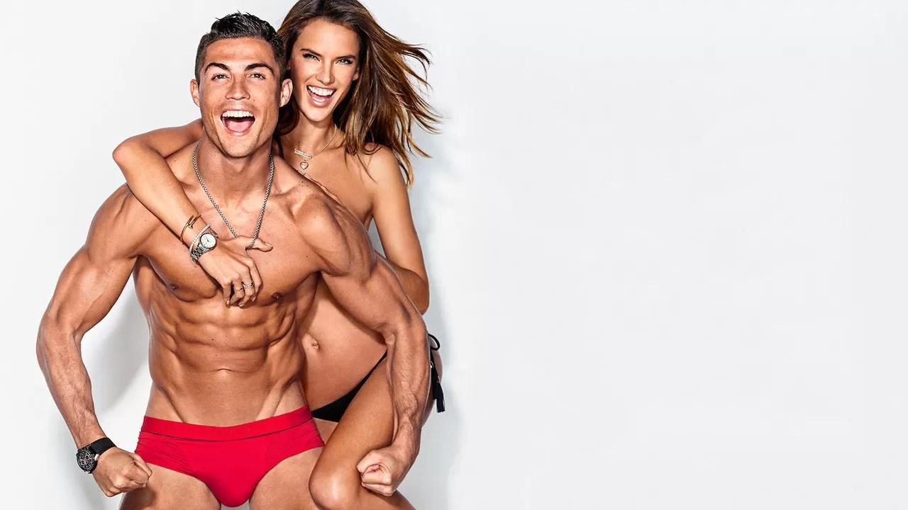 Cristiano Ronaldo e Alessandra Ambrósio juntos na GQ americana (Foto: Reprodução)