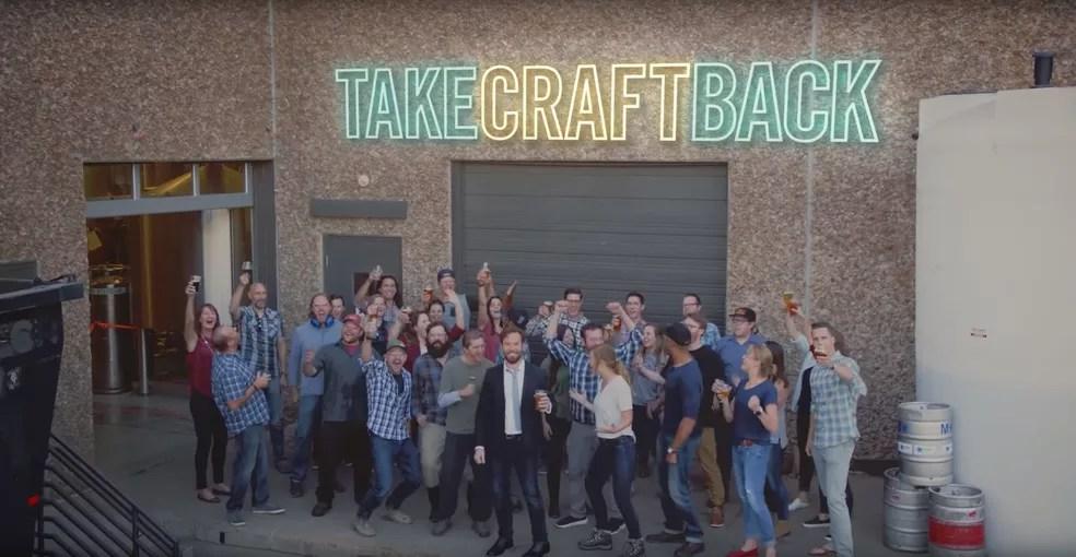 Cervejarias artesanais fazem 'vaquinha' para comprar a AB InBev (Foto: Reprodução)
