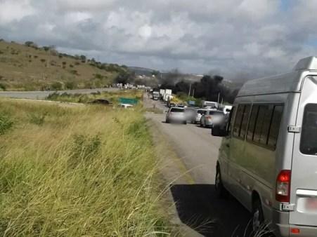 Manifestações acontecem em sete municípios de Pernambuco. Estima-se que 13 mil integrantes participam do ato. (Foto: Antônio Marcos Simplício / Divulgação)