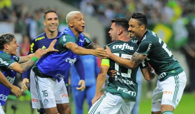 Capitão em time de estrelas, Bruno Henrique vive seu melhor momento (Foto: Marcos Ribolli)