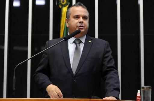 O deputado Rogério Marinho (PSDB-RN), em imagem de arquivo, durante leitura do relatório da reforma trabalhista em plenário (Foto: Luis Macedo/Câmara dos Deputados)