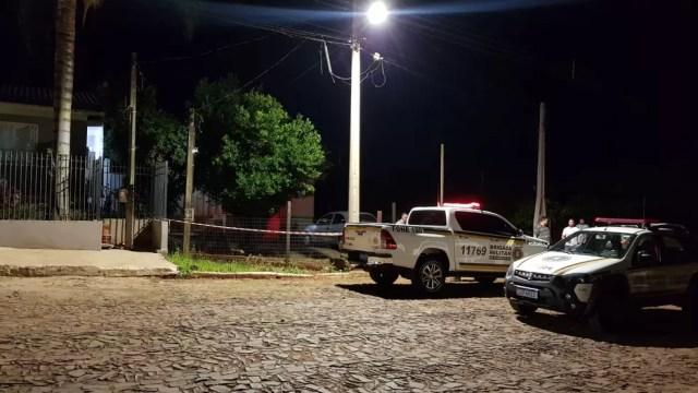 Corpo de mulher foi encontrado 40h após ser morta, segundo polícia — Foto: Andrei Grave / Rádio Cidade