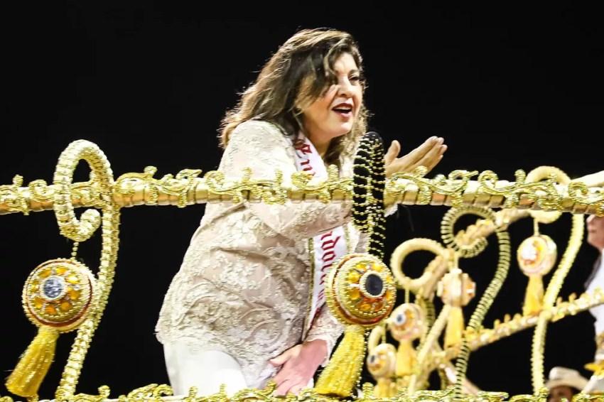 """Roberta Miranda, """"a rainha do sertanejo"""", participa de desfile da Dragões da Real (Foto: Fábio Tito/G1)"""