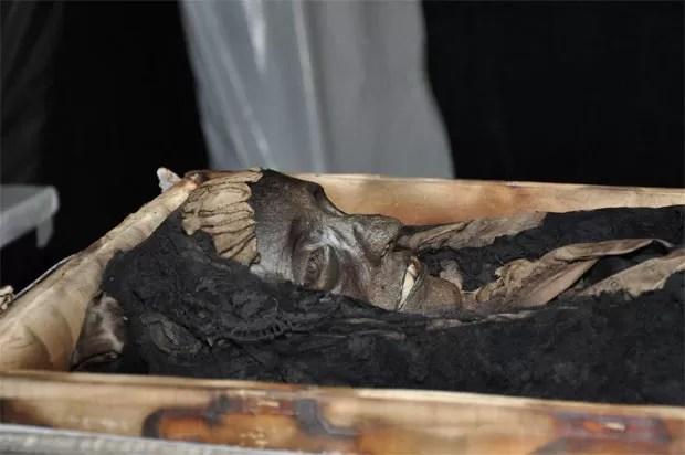 Dona Amelia surpreendeu por estar mumificada (Foto: Divulgação/Valter Diogo Muniz)